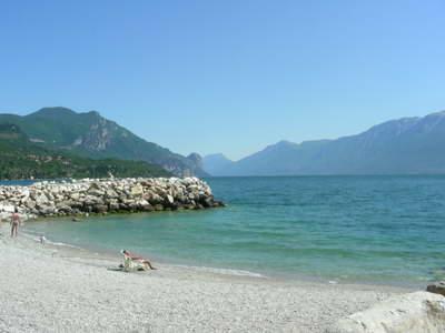 Bild von Bademöglichkeiten am Comer See und alle Strände am See auf einen Blick