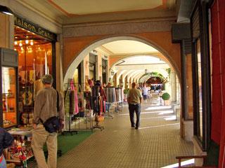 Bild von Läden und Geschäfte am Comer See