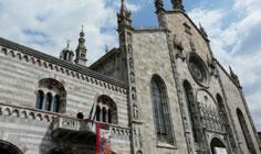 Bild von Duomo Como am Comer See in Italien