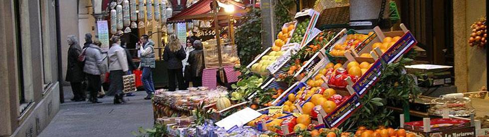 Bild von Strassenmarkt am Como See